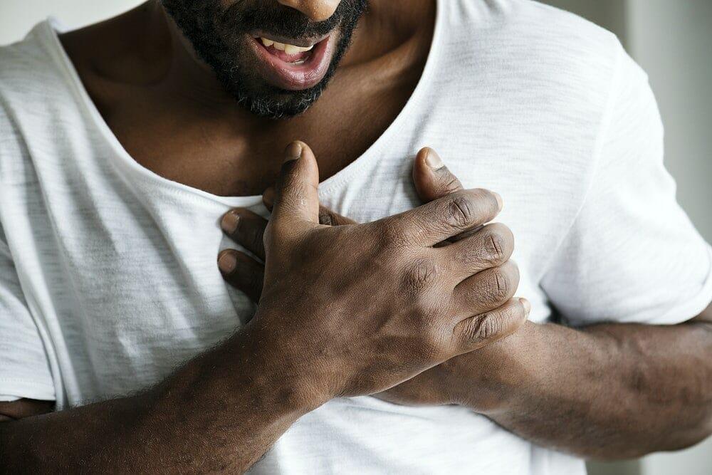 Infarto (ataque cardíaco): o que é, sintomas e como evitar?
