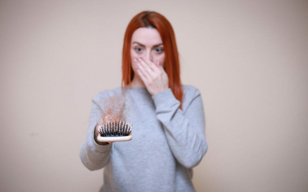Queda de cabelo: quando devo me preocupar com isso?