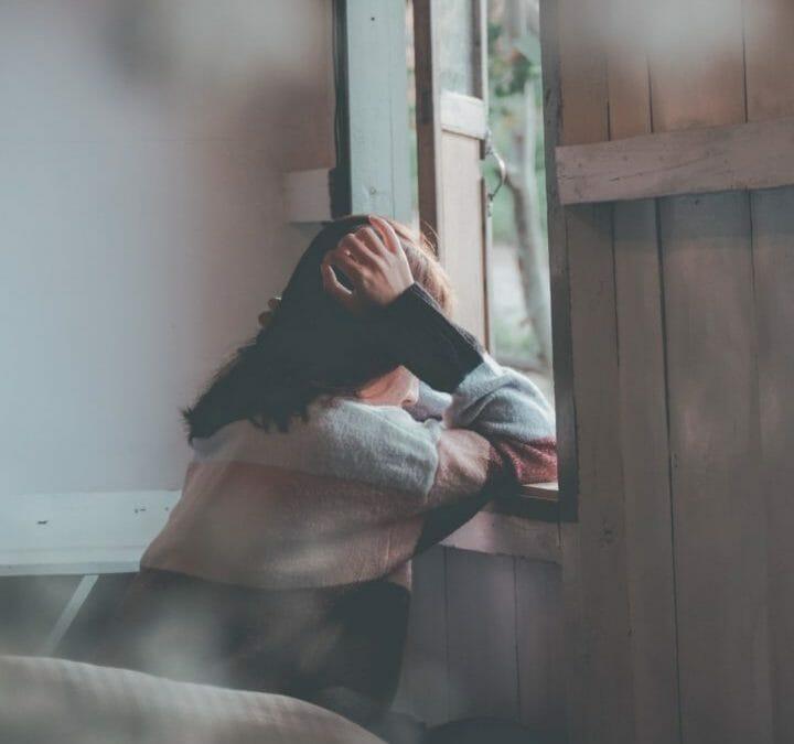 Como superar o abandono de uma pessoa próxima?