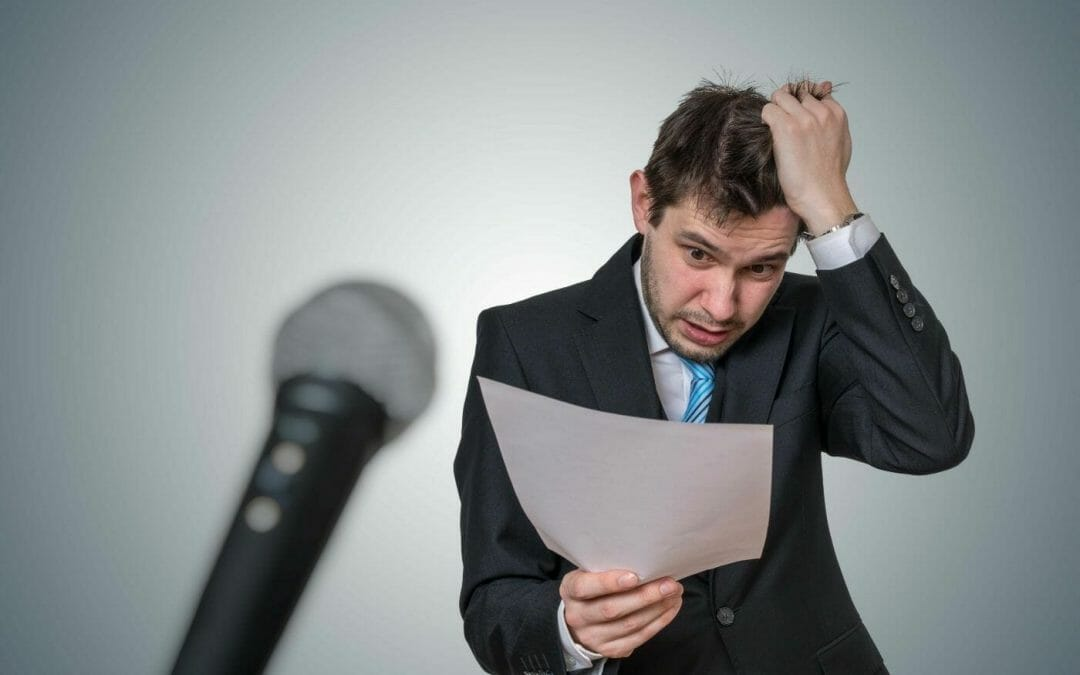 Como perder a vergonha de falar em público? 5 dicas infalíveis