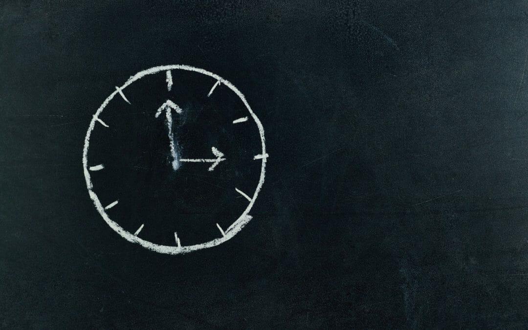 Como parar de procrastinar? 5 dicas para dias mais produtivos