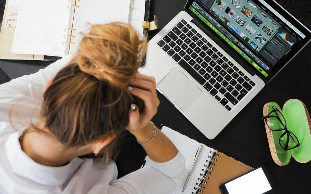 Funcionários ansiosos: Por que ficam assim e como ajudar