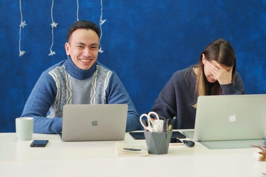 Saúde mental no trabalho: como ser produtivo sem surtar?